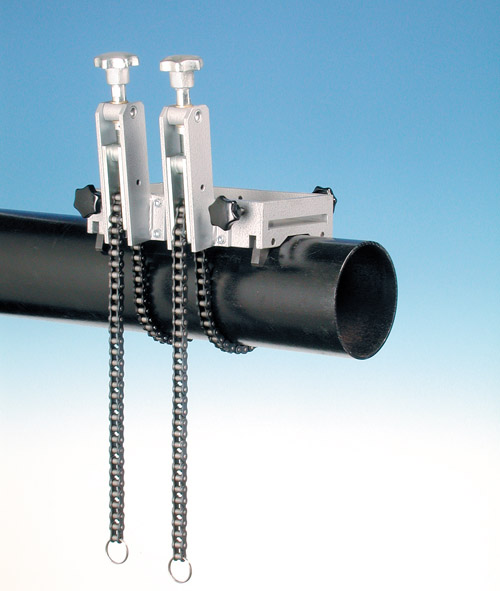 Systèmes de serrage de tuyaux pour perceuses à embase magnétiques
